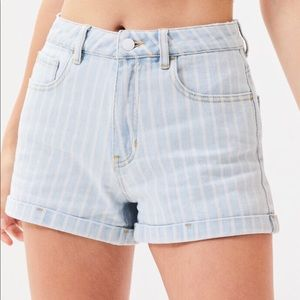 NWT PacSun Striped Mom Shorts Size 24